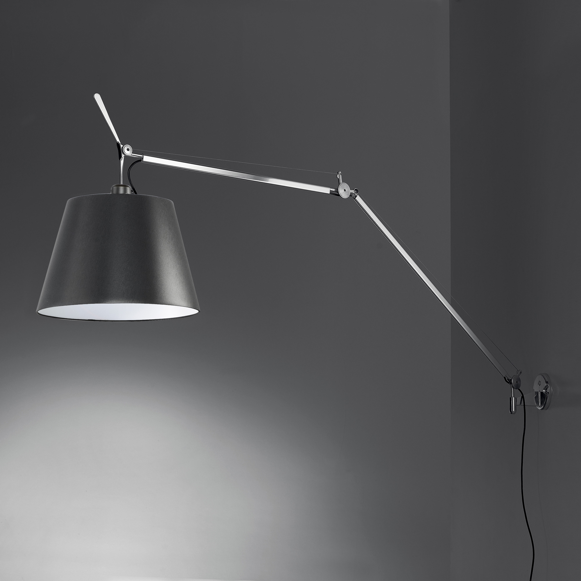 artemide tolomeo mega wandleuchte mit dimmer. Black Bedroom Furniture Sets. Home Design Ideas