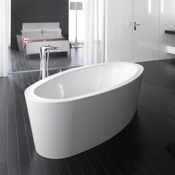 bette home oval silhouette freistehende badewanne wei mit rotaplex r5 in chrom. Black Bedroom Furniture Sets. Home Design Ideas