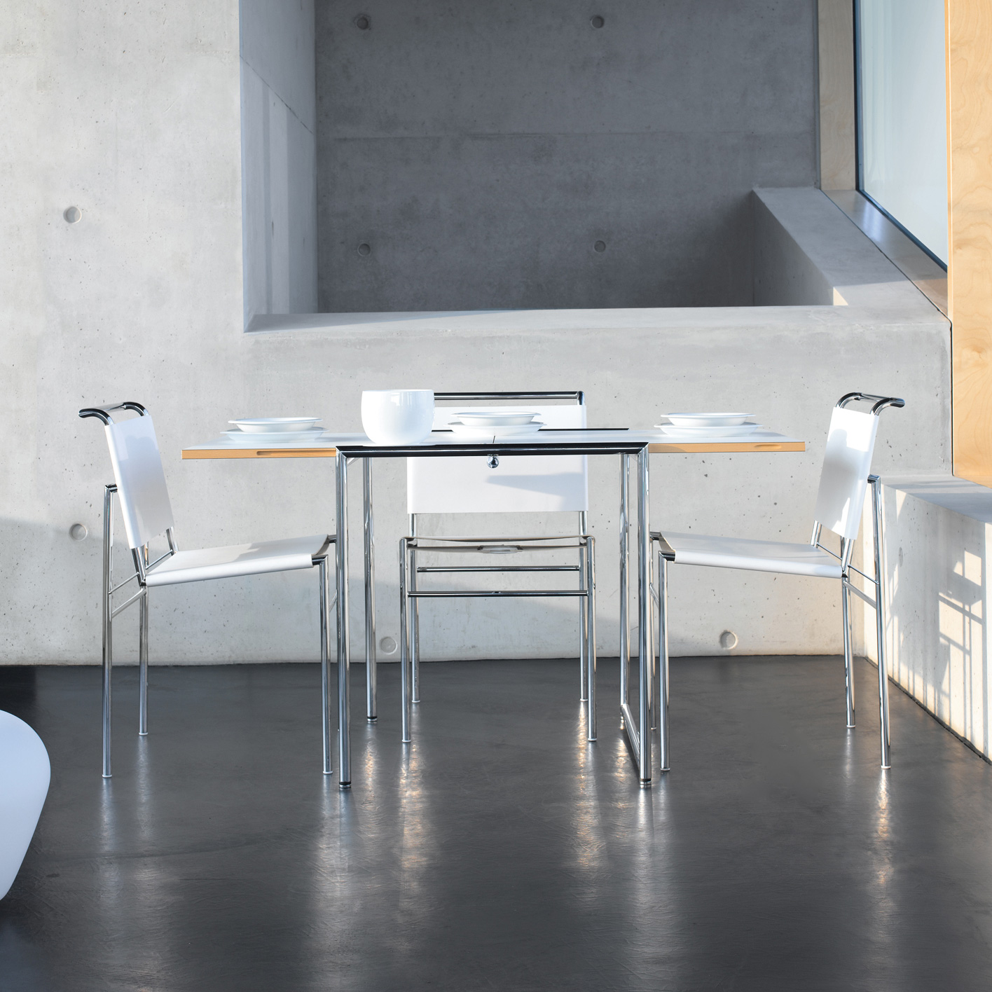 classicon jean ausklappbarer tisch 103jea01 00 reuter onlineshop. Black Bedroom Furniture Sets. Home Design Ideas