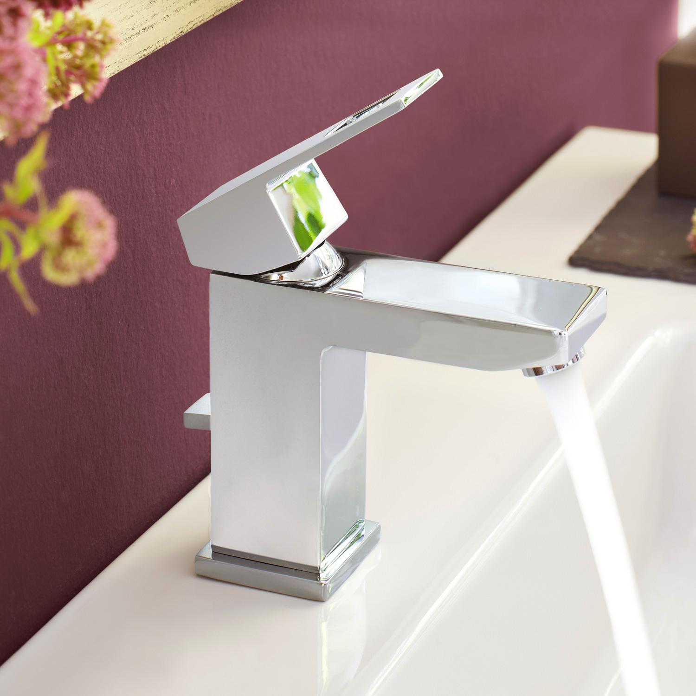 grohe eurocube einhand waschtischbatterie mit ablaufgarnitur dn 15 23127000 reuter onlineshop. Black Bedroom Furniture Sets. Home Design Ideas