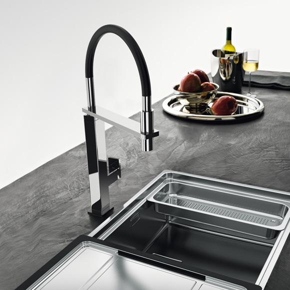 franke centinox einhebelmischer mit zugauslauf ausladung 240 mm edelstahl. Black Bedroom Furniture Sets. Home Design Ideas