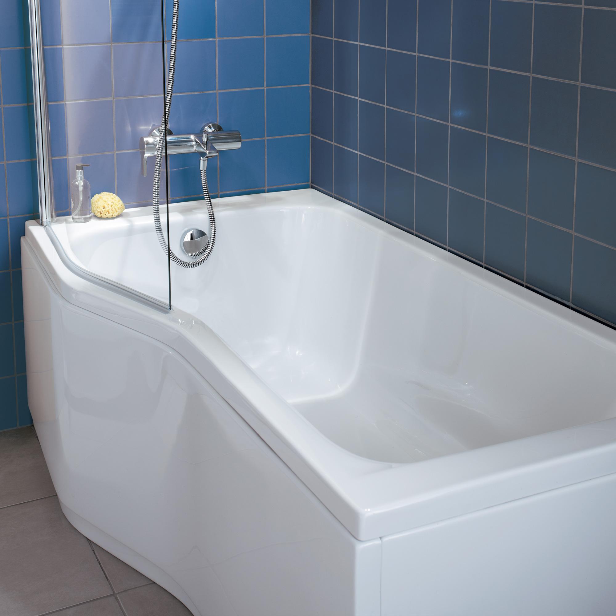 kombinierte badewanne mit dusche raum und m beldesign. Black Bedroom Furniture Sets. Home Design Ideas