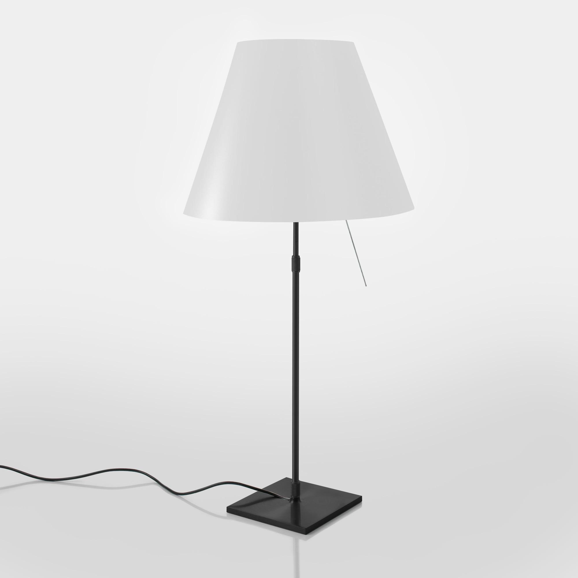 luceplan costanza tischleuchte mit dimmer teleskopstange 1d13n 000017 1d13001nt002 reuter. Black Bedroom Furniture Sets. Home Design Ideas