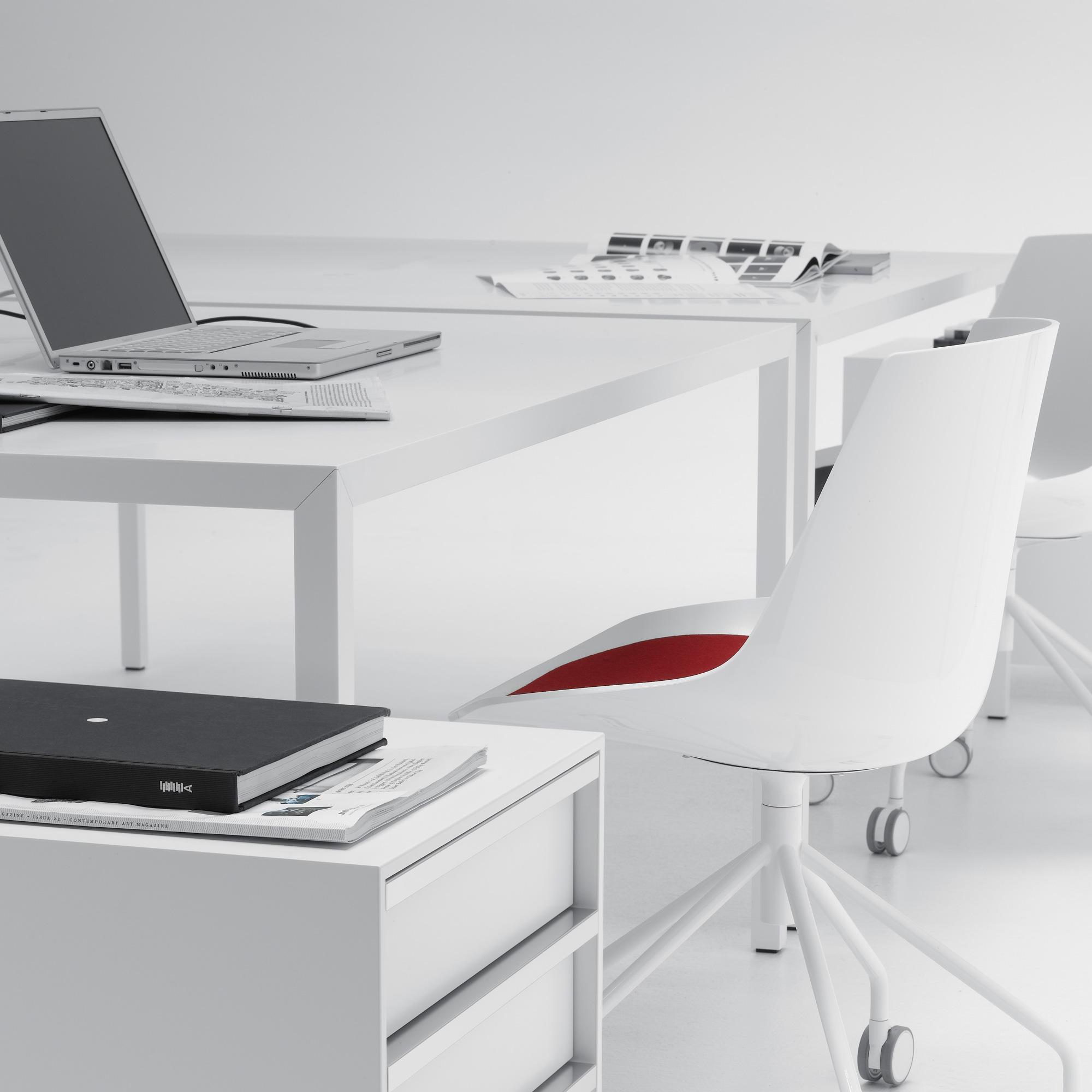 mdf italia tense tisch l 1600 b 900 h 730 mm wei wei matt f042501p026d036s005 reuter. Black Bedroom Furniture Sets. Home Design Ideas