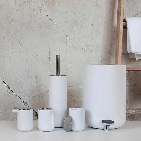 menu comfort seifenspender wei 7700619 reuter onlineshop. Black Bedroom Furniture Sets. Home Design Ideas