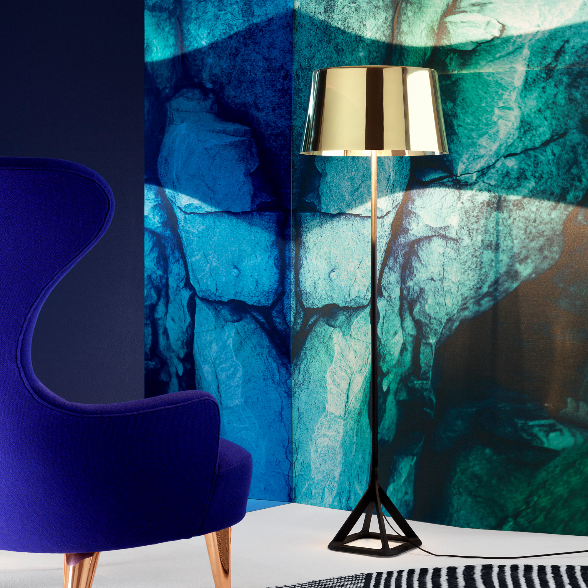 tom dixon base floor stehleuchte bss02pb feum reuter. Black Bedroom Furniture Sets. Home Design Ideas