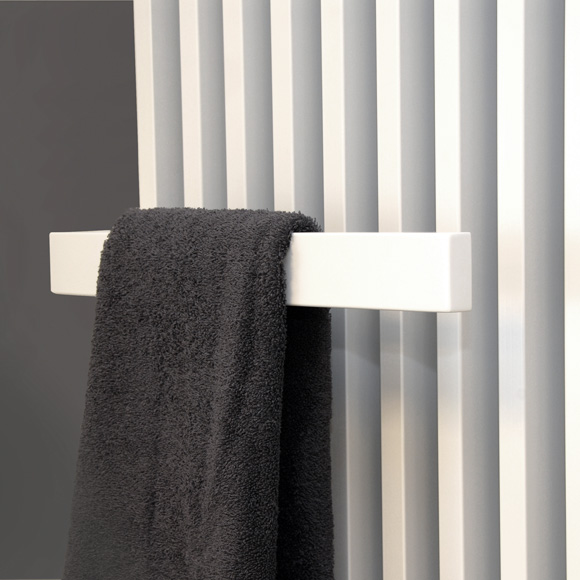 Vasco Arche Plus Heizkörper mit Handtuchhalter