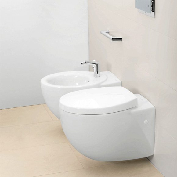 villeroy boch aveo new generation tiefsp lwand wc wei mit ceramicplus 661210r1 reuter. Black Bedroom Furniture Sets. Home Design Ideas